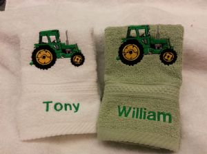 GREEN TRACTOR PERSONALISED FACE CLOTH FLANNEL